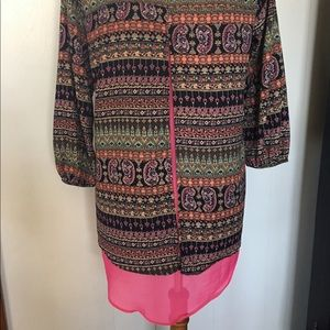 Unbranded 3/4 sleeve tunic